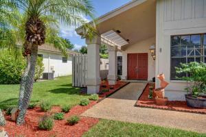 8899 Old Pine Road, Boca Raton, FL 33433