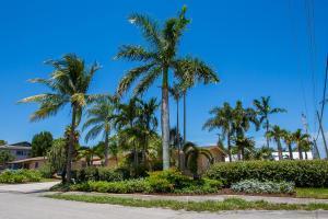 1437 SW 3rd St, Delray Beach, FL 33444
