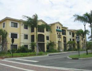 3018 Alcazar Pl #106, Palm Beach Gardens, FL 33410