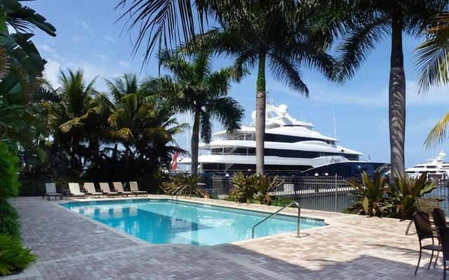 3940 N Flagler Dr #206, West Palm Beach, FL 33407
