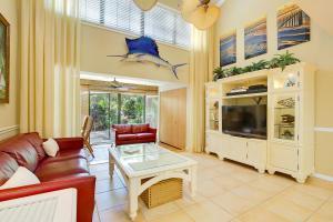 2379 Treasure Isle Dr #26, Palm Beach Gardens, FL 33410