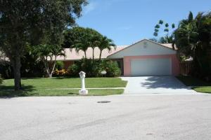15 E Pinehill Trl, Tequesta, FL 33469