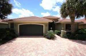 10453 Tivoli Lakes Blvd, Boynton Beach, FL 33437