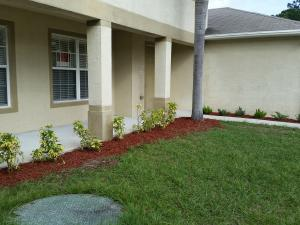 1517 SW Santander Avenue, Port Saint Lucie, FL 34953