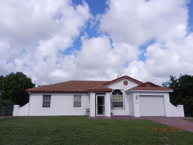 642 SW Lindsay St, Port Saint Lucie, FL 34953
