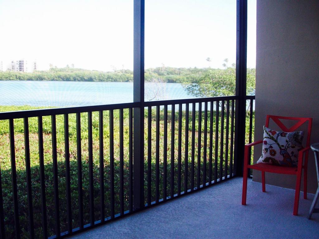 200 Waterway Road #204, Jupiter, FL 33469
