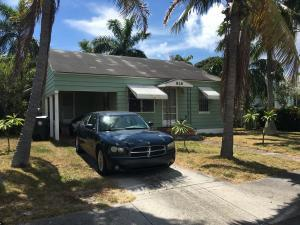 826 N O St, Lake Worth, FL 33460