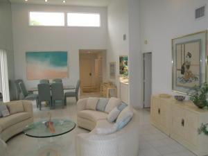 3 Eastgate Dr #B, Boynton Beach, FL 33436