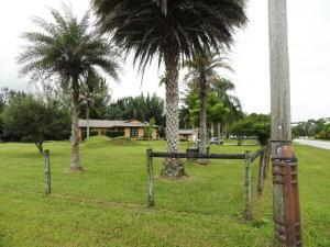 12484 N 67th St, West Palm Beach, FL 33412