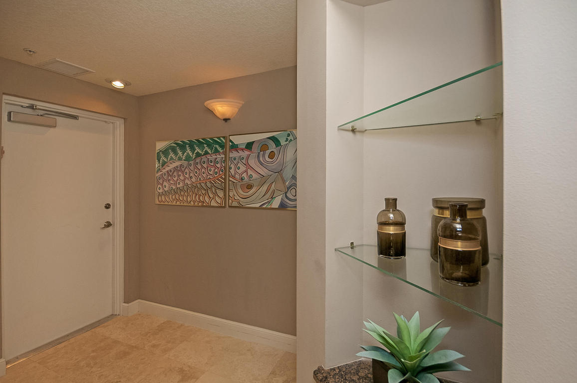 309 E Ocean Avenue #203, Lantana, FL 33462