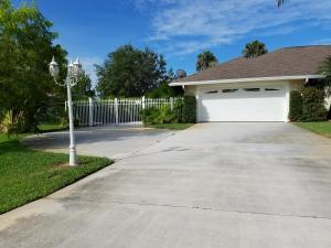 4006 SW Melbourne Street, Port Saint Lucie, FL 34953