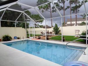 172 NW Bentley Cir, Port Saint Lucie, FL 34986