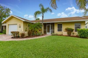 10525 Greenbriar Ct, Boca Raton, FL 33498
