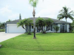 5207 Feather Creek Dr, Fort Pierce, FL 34951