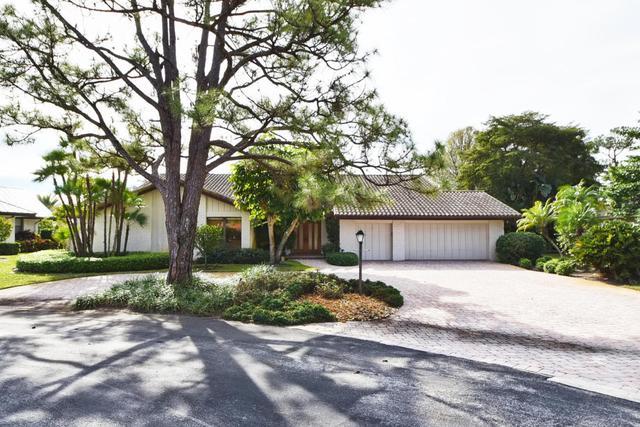 4540 Oak Tree Ct, Delray Beach, FL 33445