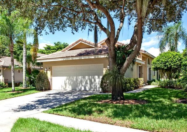 4615 Sherwood Forest Dr, Delray Beach, FL 33445