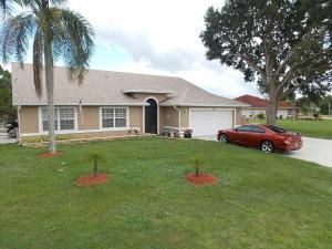 2675 SE Morningside Blvd, Port Saint Lucie, FL 34952