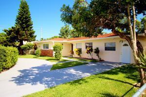 221 W 24th St, Riviera Beach, FL 33404