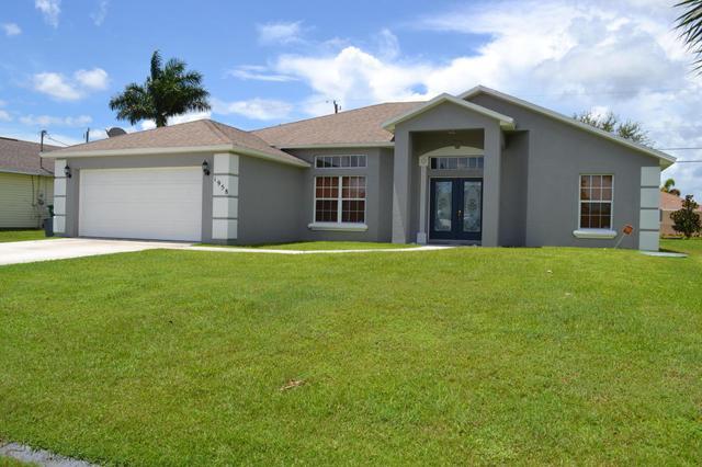 1958 SW Breezeway St, Port Saint Lucie, FL 34987