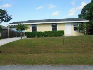 1990 SE Carvalho St, Port Saint Lucie, FL 34983