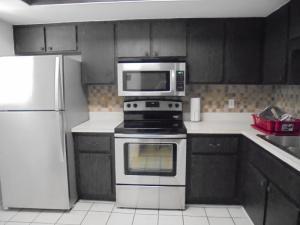 2050 Oleander Boulevard #6-302, Fort Pierce, FL 34950