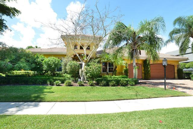 7796 Mandarin Dr, Boca Raton, FL 33433