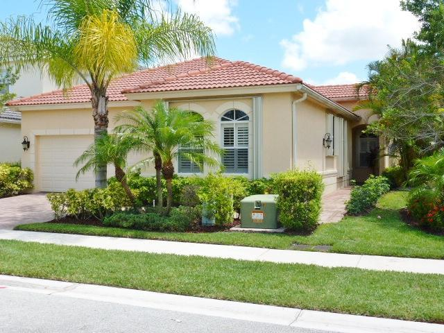 118 Casa Grande Ct, Palm Beach Gardens, FL 33418