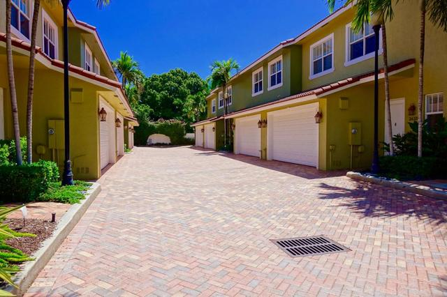 3436 NE 13th Ave #3436, Oakland Park, FL 33334