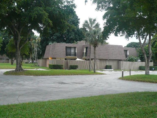 1205 12th Court, Palm Beach Gardens, FL 33410