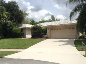 10334 Crosswind Rd, Boca Raton, FL 33498