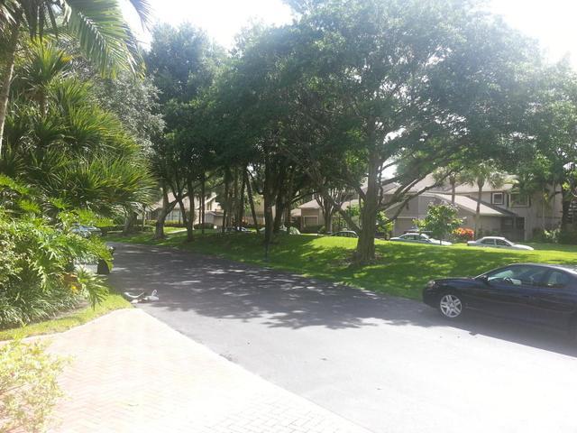 6674 Thornhill Ct #5, Boca Raton, FL 33433