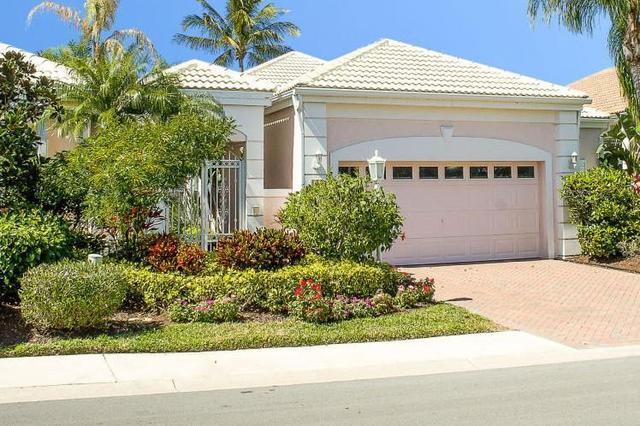 130 Coral Cay Dr, Palm Beach Gardens, FL 33418