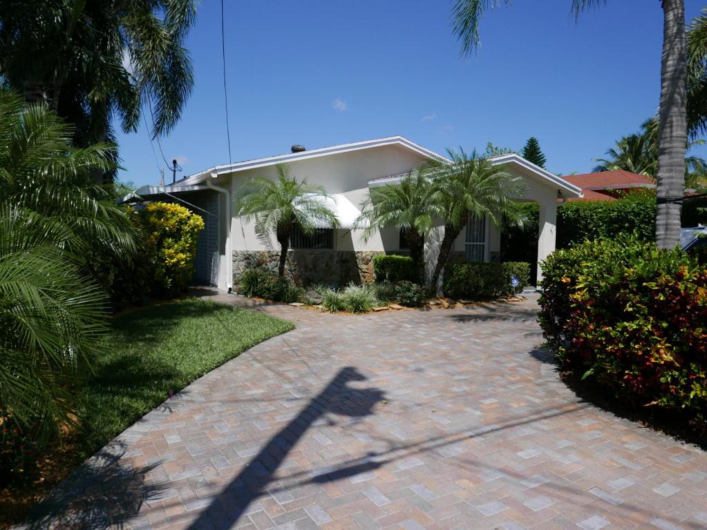 2635 Summit Boulevard, West Palm Beach, FL 33406
