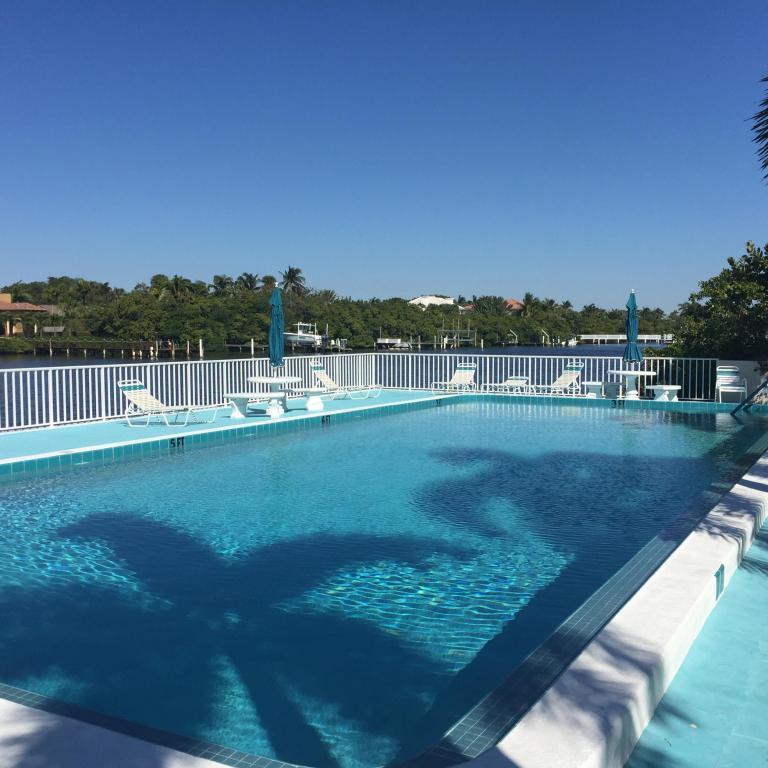 4001 S Ocean Boulevard #312, South Palm Beach, FL 33480