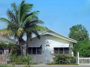 211 S E St, Lake Worth, FL 33460