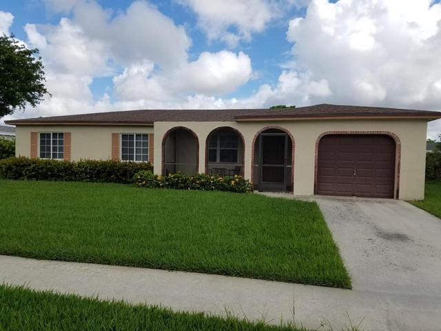11143 Median St, Boca Raton, FL 33428