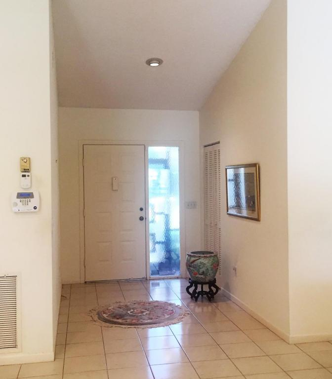5710 Willow Creek Lane, Delray Beach, FL 33484