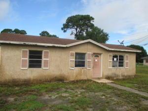1303 N 35th St, Fort Pierce, FL 34947