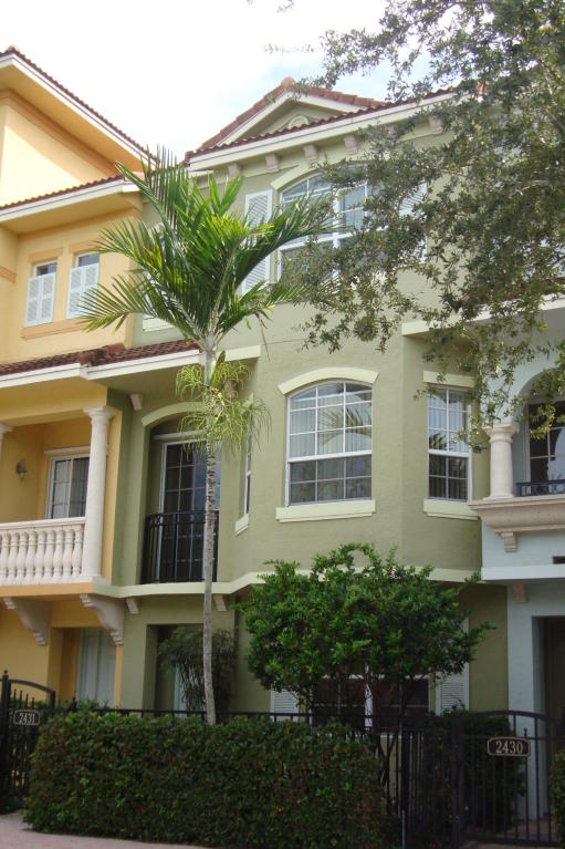 2431 San Pietro Circle, Palm Beach Gardens, FL 33410