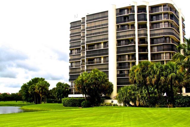 2427 Presidential Way #201, West Palm Beach, FL 33401
