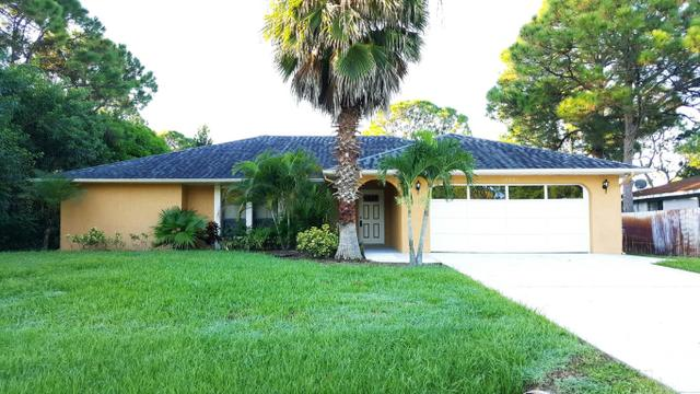 344 NW Sherbrooke Ave, Port Saint Lucie, FL 34983