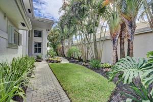 17208 Huntington Park Way, Boca Raton, FL 33496