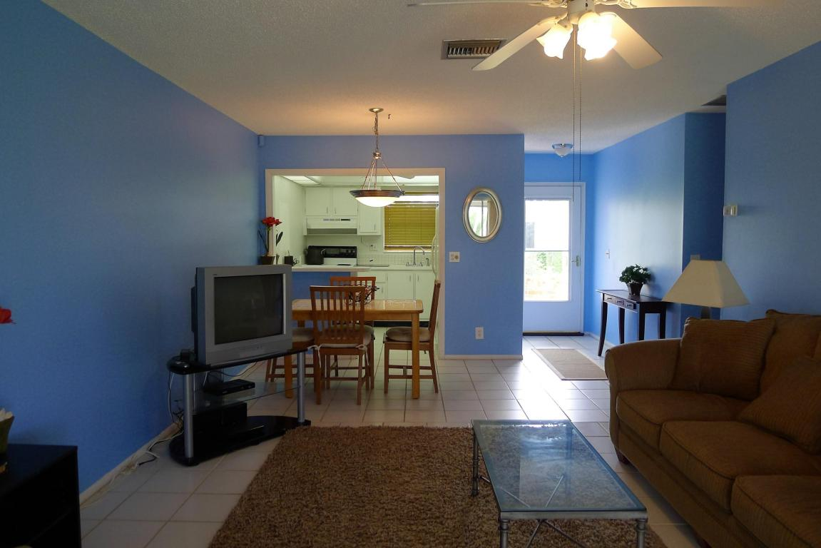 2581 Dudley Drive #G, West Palm Beach, FL 33415