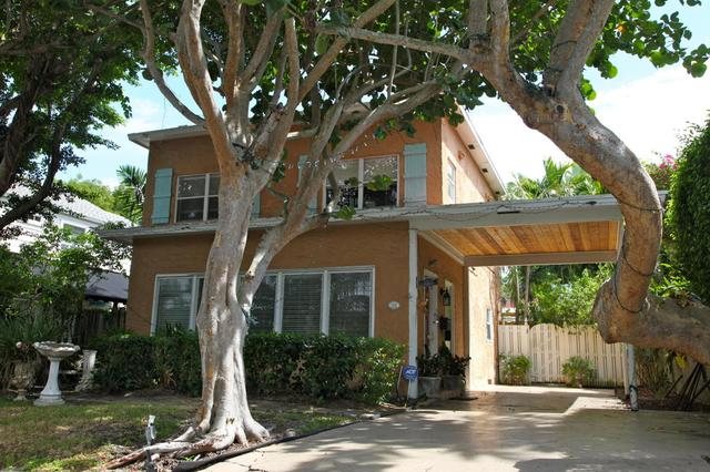 704 Claremore Dr, West Palm Beach, FL 33401