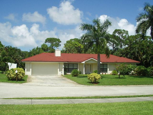 2709 Hope Ln, Palm Beach Gardens, FL 33410