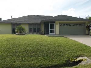 1057 SW Fenway Rd, Port Saint Lucie, FL 34953