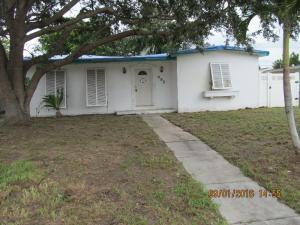 495 SE Airoso Blvd, Port Saint Lucie, FL 34983