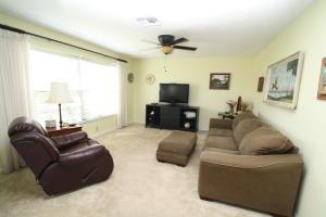 3119 Tropical Trail, Lake Worth, FL 33462
