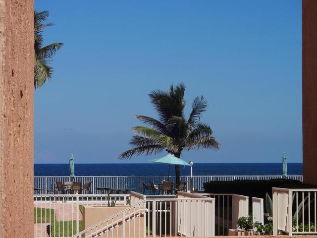 3520 S Ocean Blvd #L202, South Palm Beach, FL 33480