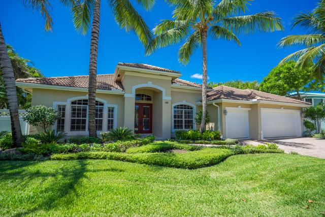 148 Beacon Ln, Jupiter Inlet Colony, FL 33469